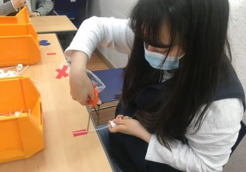 코로나19 예방을 위한 손소독제 제작, 복지관 소독
